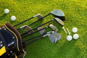 ゴルフ初心者を卒業するためのクラブの選び方を紹介します。